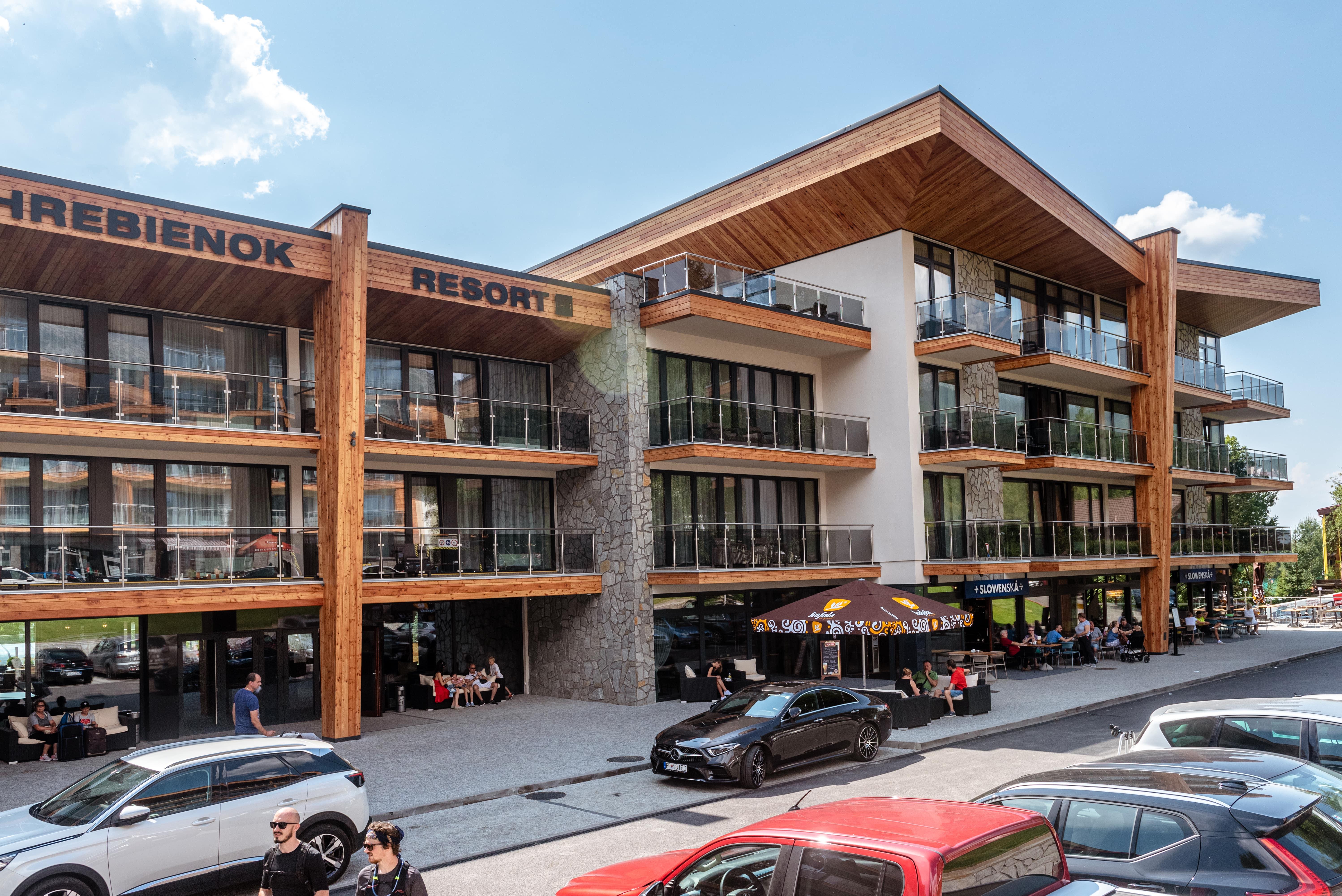 Hrebienok Hotel Resort spredu